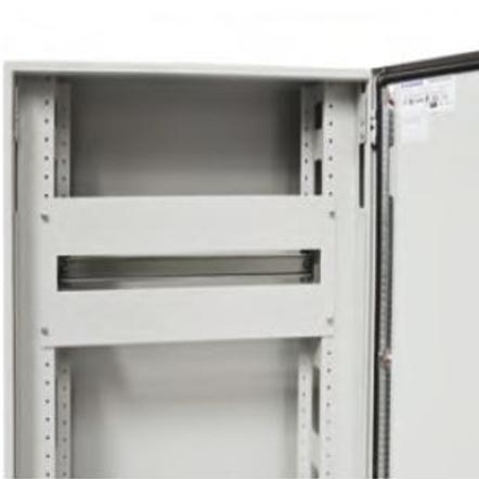 1 Stk Modulare Gerätefrontplatte m. Längsschlitzen 600x150 1R 24TE ASCP1506-5