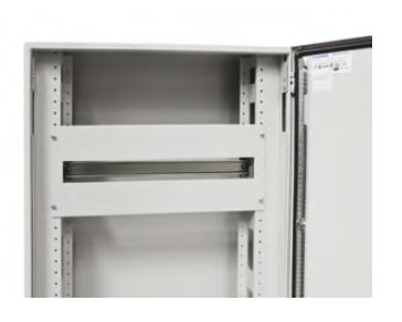 1 Stk Modulare Gerätefrontplatte m. Längsschlitzen 600x300 2R 48TE ASCP3006-5