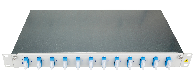 1 Stk LWL Patchpanel 19, 1 HE, ausziehbar, für 12 Fasern, SC, SM HSELS12SCG