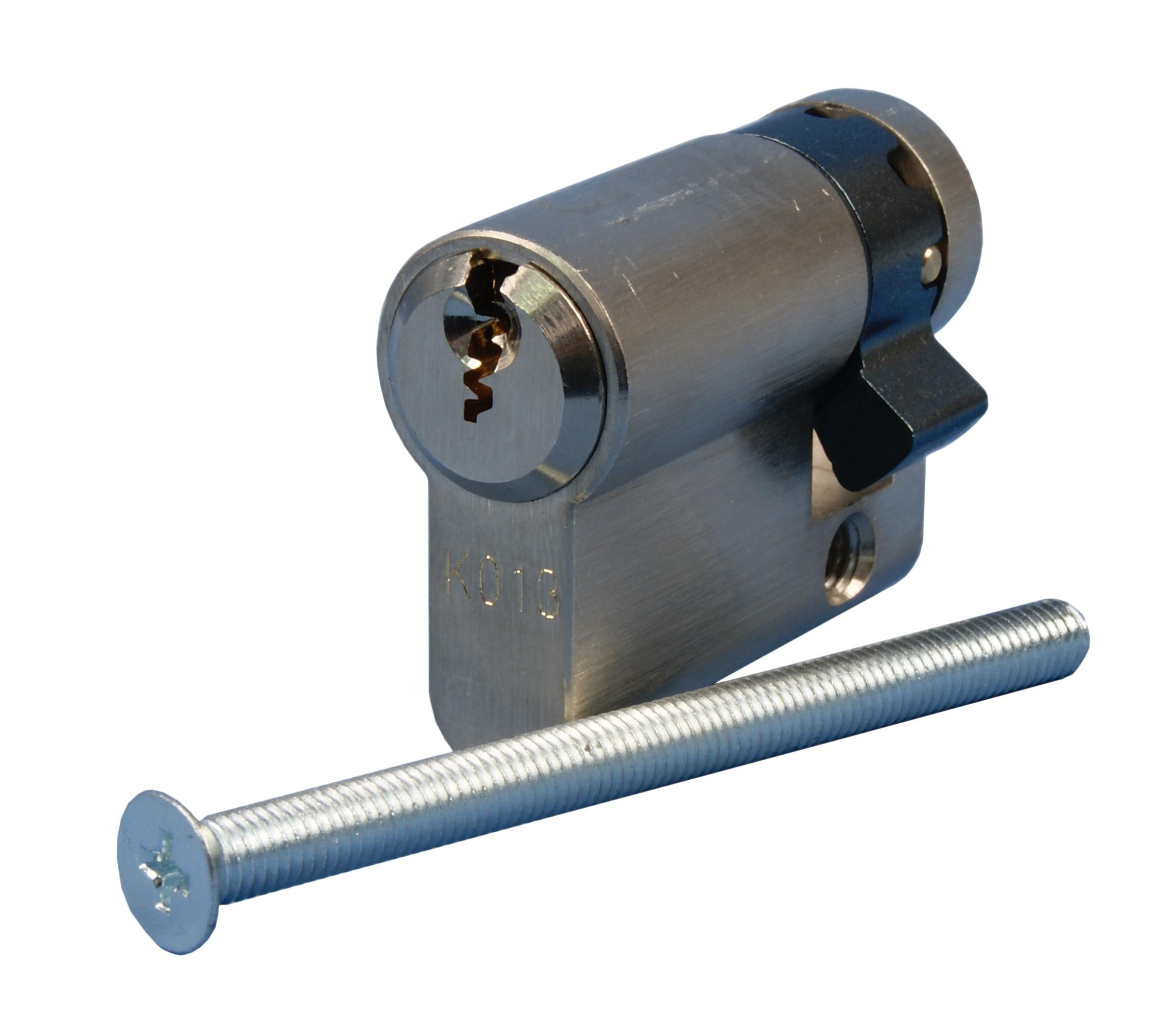 1 Stk K013 Einbauhalbzylinder IG714046--