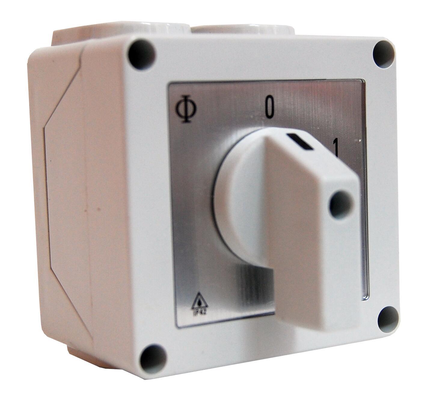 1 Stk Ausschalter, metrisch, Einführung M20, 20A, 3-polig IN032002--