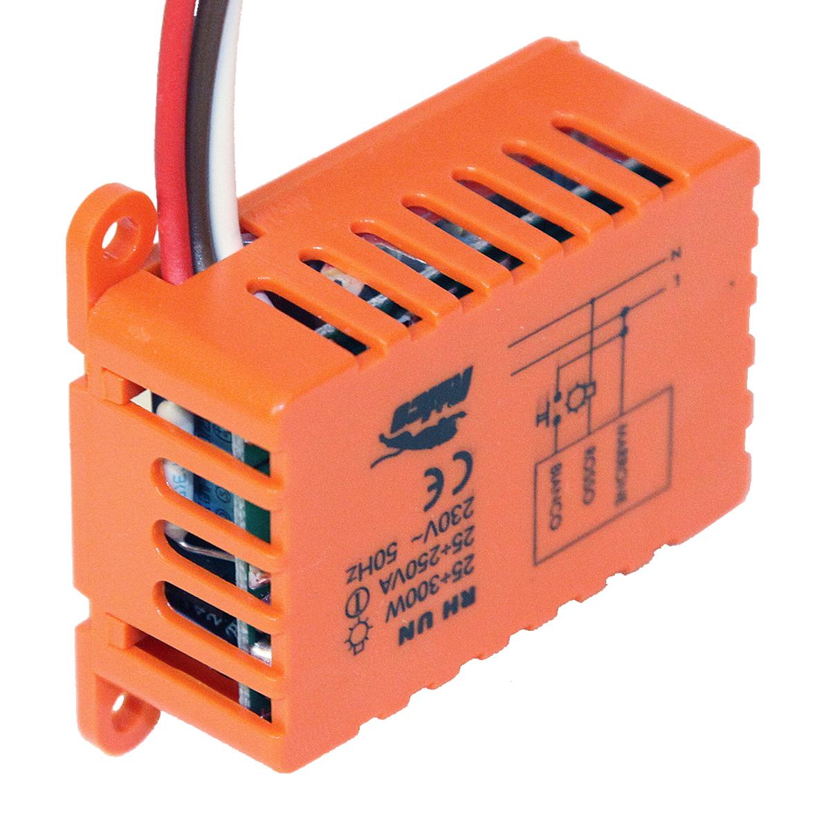 1 Stk Unterputz Dimmer für Tastersteuerung RLC 300W 1M ET103003--