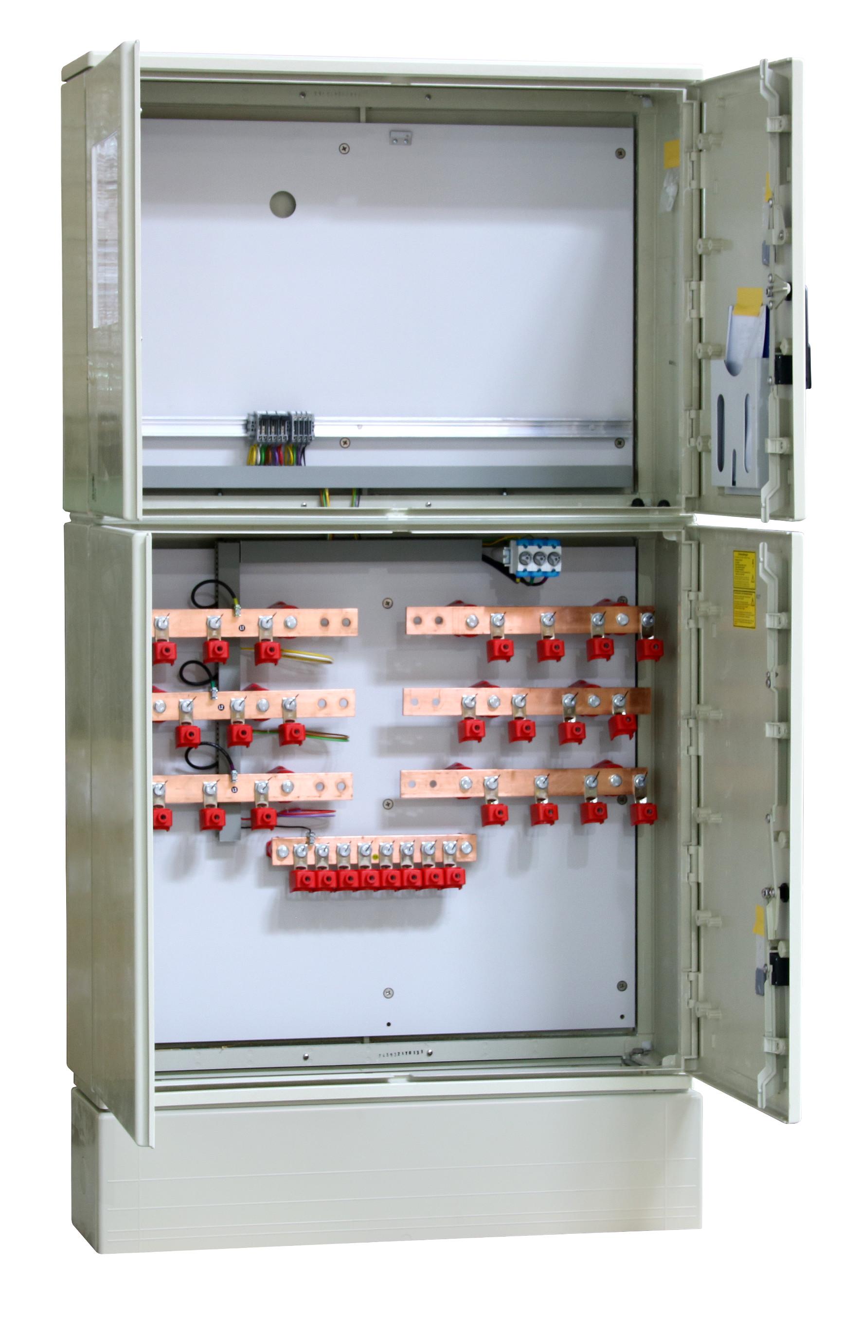 1 Stk Messwandler Netz NÖ 630A Innenraum mit Sockel, 4 Ein/Abgänge IL190405--