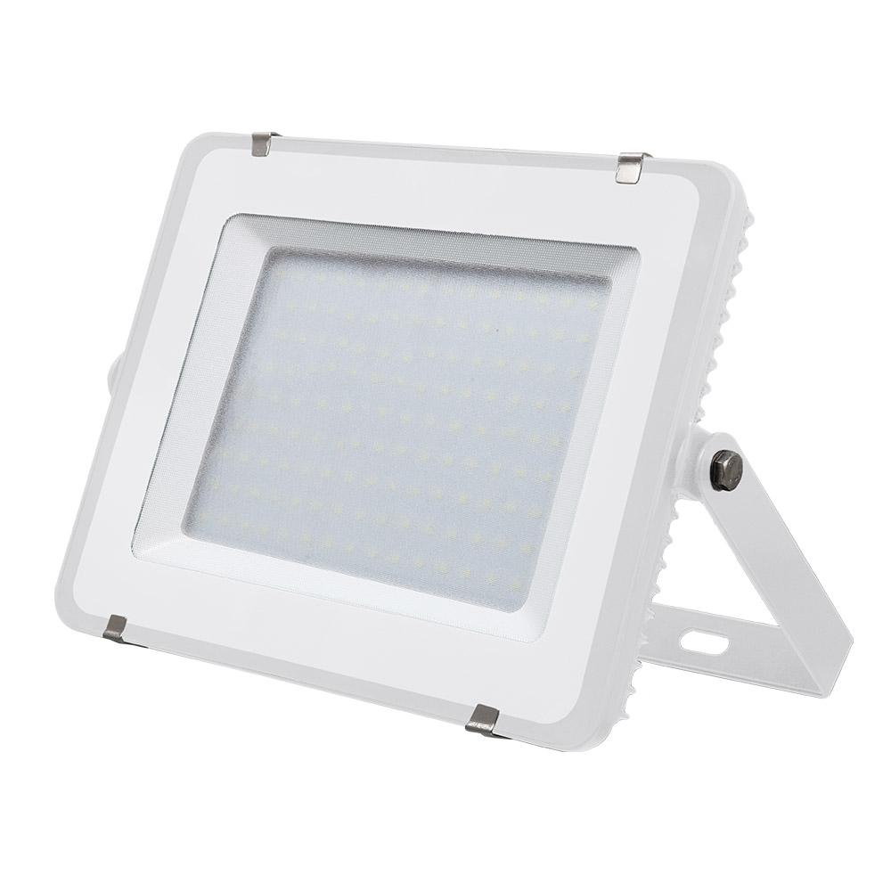 1 Stk LED Fluter 150W 12000lm 3000K 220-240V IP65 100° weiß LIVTS478--