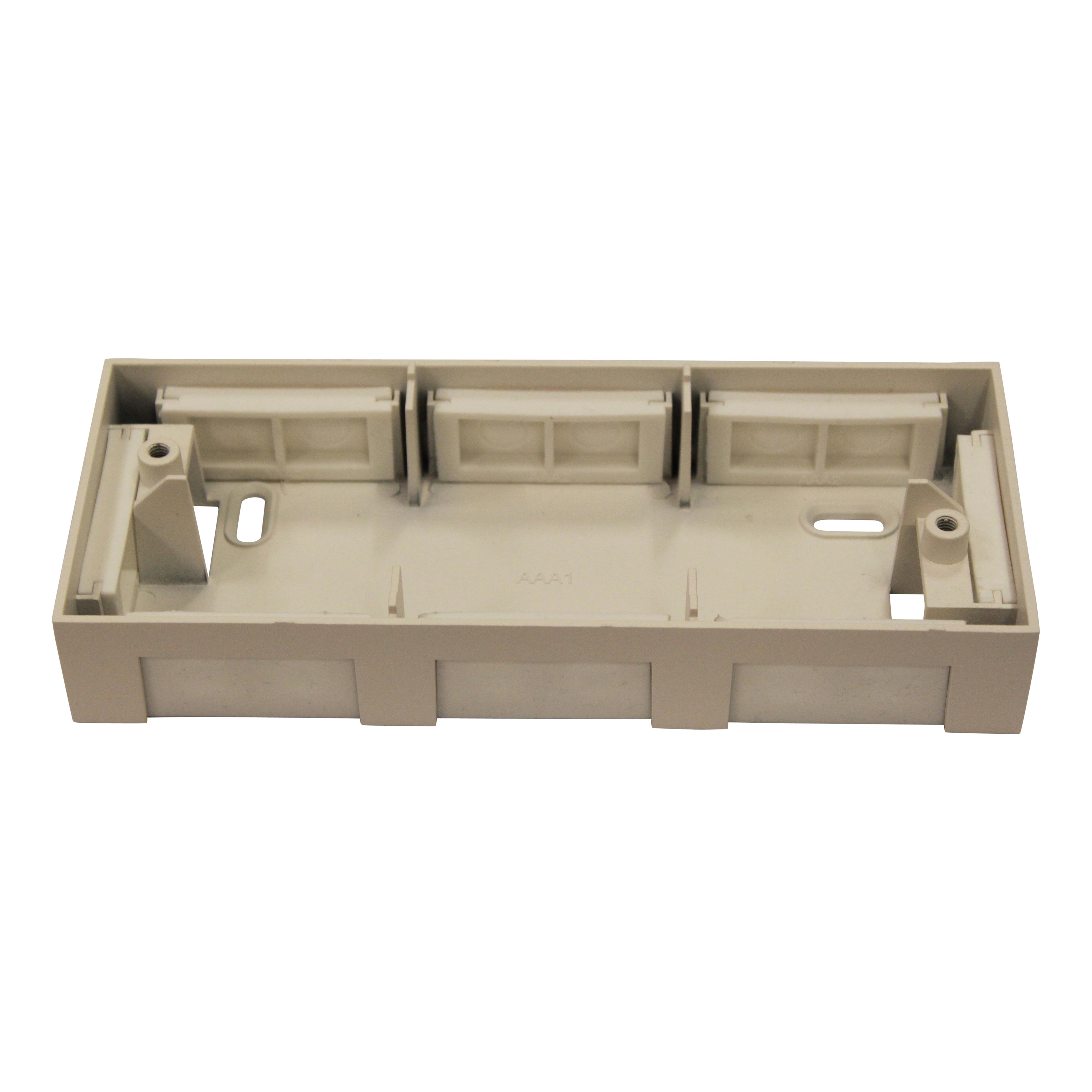 1 Stk Anbauadapter fü�r Notleuchten Design AM/AX weiß NLAMAXAPAW