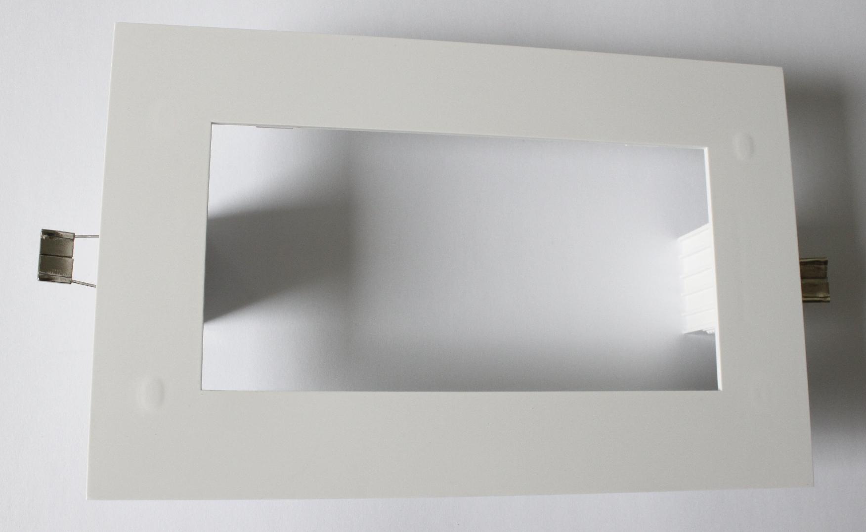 1 Stk Einbaurahmen für KI Leuchte NLKIE-----